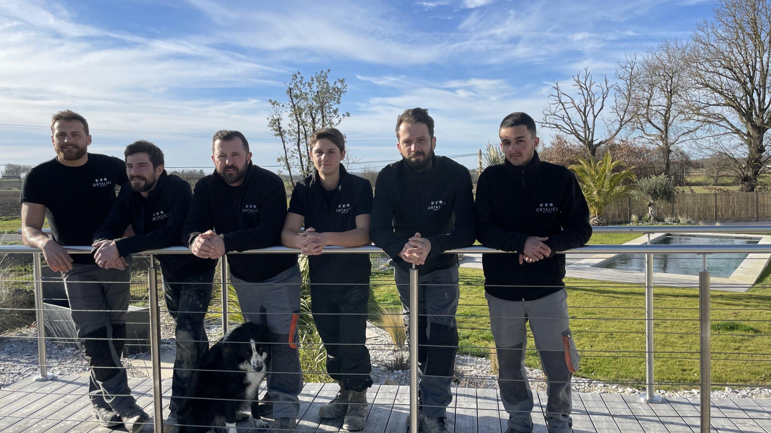 équipe de professionnels : piscine, terrasses, aménagement paysager toulouse